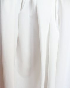Lightweight Cotton Blend Siri Lining Fabric in White or Black