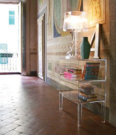 SMALL GHOST BUSTER - Kartell Invisible table