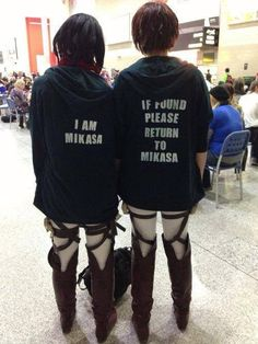 """cosplay Attack on Titan!!!   Also funny because Mikasa sounds la """"mi casa"""" in spanish, therefore, if lost, return to my home ;-)"""