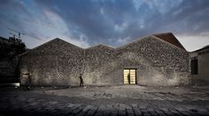 Completed in 2016 in Shanghai, China. Images by Su Shengliang, Bian Lin. Chi She is an artistic group founded by ZHANG Peili, GENG Jiangyi, whose exhibition space in West Bund Art Exhibition Area characterizes an altitude...