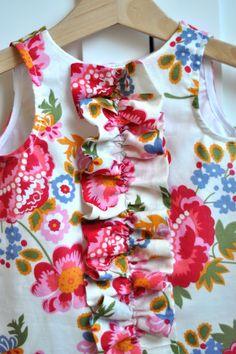 Aesthetic Nest: Sewing: Ruffled Chemise for Tess