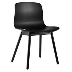 All Dining Chairs Furniture featuring Side Chairs and more on Danish Design Store. Nordic Design, Retro Design, Interior Design, Scandinavian Design, Interior Decorating, Design Ideas, Chaise Hay, Hay Chair, Chairs