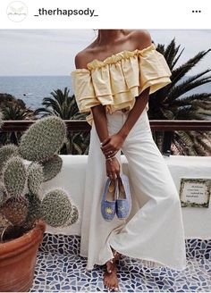 Idée et inspiration look d'été tendance 2017 Image Description Casual Fashion Trends Collection. Love this outfit. The Best of summer fashion in Style Outfits, Cool Outfits, Summer Outfits, Fashion Outfits, Fashion Trends, Vacation Outfits, Vacation Style, Style Clothes, Vacation Fashion