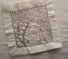 Zentangle Fabric Arts | am working on a little project ... this is a six inch square Zentangle ...