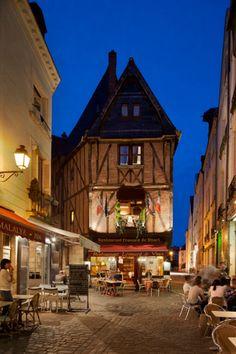 France, Centre, Tours, Loire Valley, Cafes Next To Place Plumereau - eStock