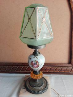 Encantadora lámpara de mesa de alabastro hecha a mano