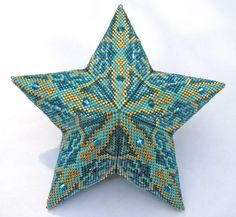 Adapted from a triangle diagram by Cristina Rugar Beaded Jewelry Designs, Seed Bead Jewelry, Jewelry Patterns, Peyote Patterns, Loom Patterns, Beading Patterns, Beaded Ornament Covers, Beaded Boxes, Tutorials