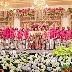 More post from wedding of the year. Our fav details on each wedding,The Bride. Javanese Wedding, Indonesian Wedding, Fuschia Bridesmaid Dresses, After The Final Rose, Kebaya Wedding, Wedding Of The Year, Bridesmaids And Groomsmen, Wedding Receptions, Wedding Guest Book