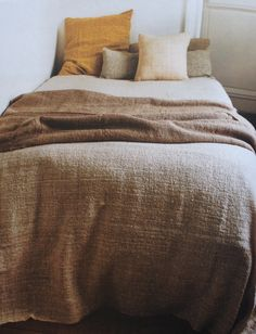 Handwoven bed linens