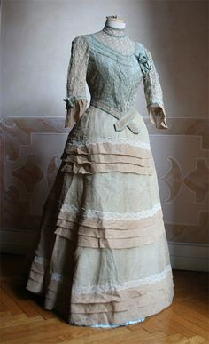 1886 Day Gown.