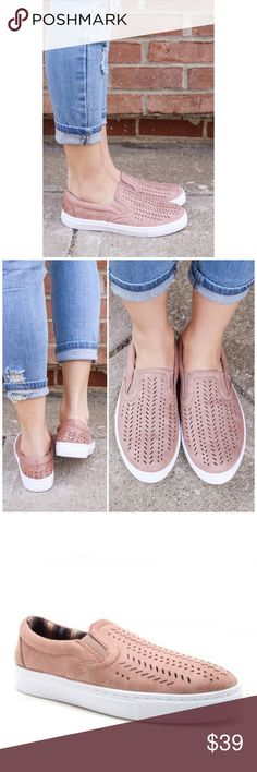 Only a few left❗Blush Slip On Sneakers Trendy and comfy slip on sneakers. A spring/ summer wardrobe must have! Style them with your favorite jeans, leggings or shorts. Bchic Shoes Sneakers