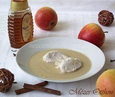 őszi almakrémleves fahéjas habgaluskával fotó