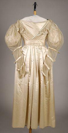 Wedding Dress-- ca. 1830, American, silk