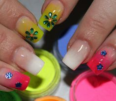 23 Pretty Nails With Spectacular Designs - Fashion Diva Design