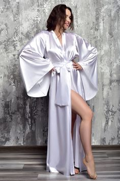 White Bridal Robe, Bridal Robes, Bridal Lace, Wedding White, Dream Wedding, Satin Lingerie, Wedding Lingerie, Sexy Lingerie, Satin Dressing Gown