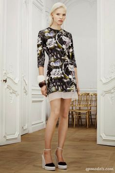 Sasha Luss for Christian Dior Spring 2014 - http://qpmodels.com/european-models/sasha-luss/5551-sasha-luss-for-christian-dior-spring-2014.html