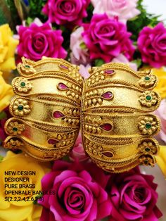 Order Bangles, Bracelets & Kangan via Whatsapp on Our fashion magazine personal shoppers helps you get the stylish look for you. Gold Bangles Design, Gold Earrings Designs, Bridal Jewelry, Gold Jewelry, Gold Bangle Bracelet, Gold Necklace, Stone Earrings, Crystal Earrings, Latest Jewellery