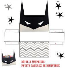 LES SUPER ****SUPER HEROS*** - 1 et 2 et 3 DOUDOUS * PATRONS* PATTERNS * GABARITS FETE A THEMES POUR ENFANTS Superhero Clipart, Superhero Party, Lego Batman Birthday, Boy Birthday, Paper Crafts For Kids, Diy For Kids, Hero Squad, Silly Gifts, Diy Gift Box