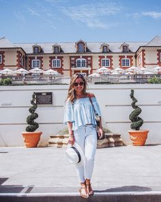 A new post from our first day in Napa is up on the blog! Click on over to Fizz and Fade link is in my profile above #summer #napa #napavalley #fblogger #blogger #fashion #wiw #whatiwore #travel