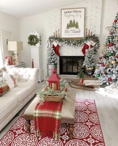 120 Cozy Farmhouse Christmas Decorations Done in Adorable Country Style That You. 120 Cozy Farmhouse Christmas Decorations Done in Adorable Country Style That You'd Love To Take Inspiration From - Hike n Dip Magical Christmas, Cozy Christmas, Rustic Christmas, White Christmas, Christmas Photos, Modern Christmas, Outdoor Christmas, Christmas Stocking, Christmas Mantels