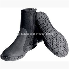 5mm thickness for temprate water diving.Rubber sole for added comfort and traction.Zipper and inner gusset for easy on and off.Toe and heel caps and fin retainer.Rugged 5mm NonSkid SoleGusseted ZipperFor temperate conditionsThickness: 5mmSole: Rubber sole for added comfort and traction.Toe and...