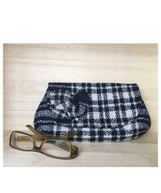 Clutch made using vintage wool fabric White Clutch, Wool Fabric, Vintage Wool, Navy And White, Tote Bags, Clutches, Sunglasses Case, Trending Outfits, Etsy Seller