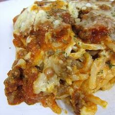 baked spaghetti with cream cheese...think i'm gonna give this a whirl tonight (with my own adaptations, i'm sure).