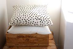 homevialaura #afro #art #cushion #dots #wine #box