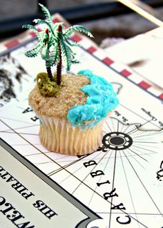 Pirates of the Caribbean Inspired Birthday Party cupcakes
