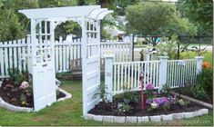 Repurposed Crib Garden Fence by Confessions of a Curbshopaholic