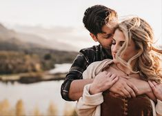 Romantic Summer Engagement Session in Hood River Oregon by Harper Grace Photo Couple Picture Poses, Couple Pictures, Wedding Pictures, Engagement Ideas, Engagement Couple, Engagement Session, Hood River Oregon, Engagement Photography, Wedding Photography