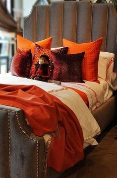 Exquisite linens & fine goods for your home. Our luxurious store carries a large selection of European bedding, cotton & linen sheets, duvet covers, pillows & lounge wear. Linen Sheets, Linen Bedding, Bed Sheets, Bed Linen, Holly Willoughby Bedding, Bachelors Chest, Bernhardt Furniture, Best Bedding Sets, Linen Storage