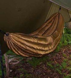 Indoor Hammock Bed, Diy Hammock, Hammocks, Best Camping Hammock, Go Camping, Pacific Coast Trail, Hammock Underquilt, How To Make Fire, Campsite