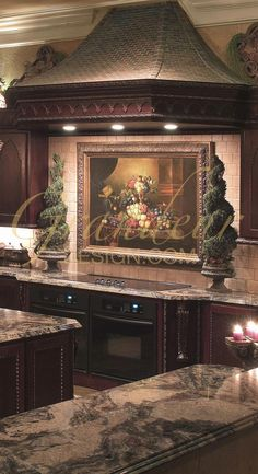 Crazy about this mediterranean kitchen! Love the colours, finishes, everything! I could easily incorporate this into my kitchen.stain the cabinets, new countertops and backsplash. Elegant Kitchens, Luxury Kitchens, Beautiful Kitchens, Cool Kitchens, Tuscan Kitchens, Tuscan Design, Tuscan Style, Kitchen Decor, Kitchen Design