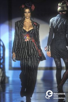 stephanie seymour for gianni versace, mid '90s #VintageVersace