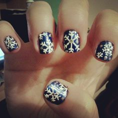 snowflake christmas holiday nails