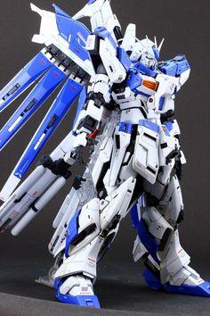 Hi-ν EVOLVE完成で御座います。~Hiν7 | G-Remodeling Frame Arms Girl, Gundam Custom Build, Gundam Art, Robot Art, Gundam Model, Mobile Suit, Kamen Rider, Plastic Models, Remodeling