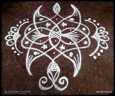 Rangoli Rev's chikku kolam 66. 6 dots 1 line end with 2 dots. | www.iKolam.com