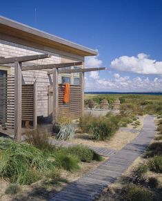 outdoor shower. beach house in Aquinnah by Hutker Architects (http://www.hutkerarchitects.com/)
