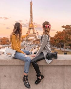 We will always have Paris ✨ I want to this city and never get tired of…'with my dear Paris Pictures, Bff Pictures, Paris Photos, Best Friend Drawings, Bff Drawings, Best Friend Photography, Paris Photography, Paris Outfits, Best Friend Pictures