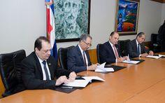 Armario de Noticias: Banreservas y Tesorería Nacional  firman acuerdo d...