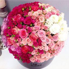1,611 отметок «Нравится», 22 комментариев — Flor De Passion (@flordepassion) в Instagram: « @iamclover_ua #flowers #roses #floral #flowermagic #bouquet #beautiful #floweroftheday»