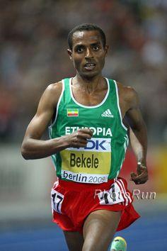 Kenenisa Bekele - la marcia è fatica, impegno, sudore #mitidellosport. OS guld 2008 på 10.000 och 5.000 meter, 2004 guld på 10.000 meter. 2008 i Beijing, 2004 i Aten.
