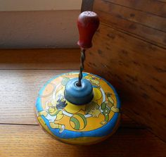 Vintage Toy Tin Top Made In USA Lithograph Children Playing Working Condition J Chein