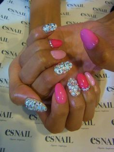 Wow bling /barbie pink... Absolutely love these maybe when my nails get a little bit longer i will try this.