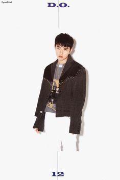D.O - 181215 'Love Shot' album contents photo Kyungsoo, Exo Korean, Korean Girl, Exo Album, Exo Chen, Fandom, Lucky Ladies, Do Kyung Soo, Xiu Min
