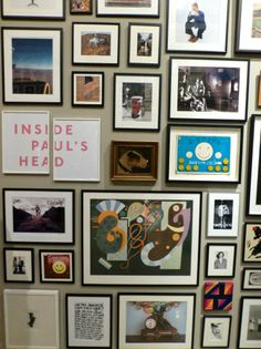 There is a corridor completely covered in various inspirational photographs at Hello, My name is Paul Smith. Eclectic Gallery Wall, Bright Walls, Interior Photo, Interior Design, Classic Architecture, Boho Room, Fabric Textures, Dream Art, Office Wall Art