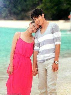 Annie Chen and George Hu in Love Around