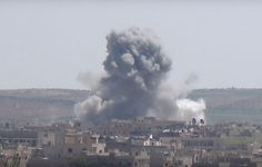 Russian or Syrian govt. air force also bombed Khan Shaykhun today