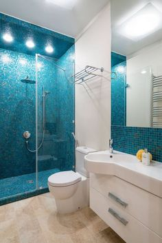 Is your house in need of a shower room remodel? Right Here are Fantastic Little Shower Room Remodel Design, Ideas And Tips To Make a Much better. Small Bathroom Storage, Bathroom Design Small, Bathroom Layout, Bathroom Interior, Modern Bathroom, Bathroom Ideas, Ikea Bathroom, Bathroom Curtains, Bathroom Cabinets